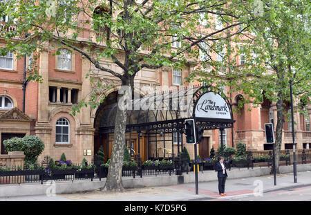 Photo Must Be Credited ©Alpha Press 066465 25/05/2016 The Landmark Hotel on Marylebone Road in London. - Stock Photo
