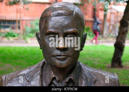 Denkmal/ Statue: Alan Turing, Manchester, England. - Stock Photo