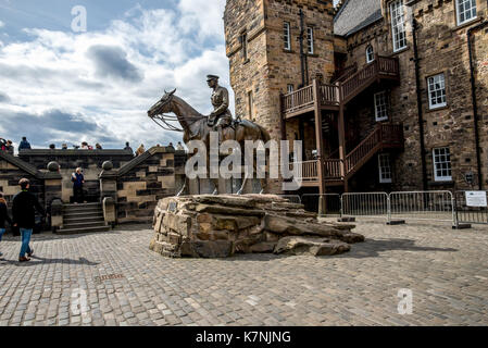 A statue of Earl Haig riding a horse in one of the inner yards at Edinburgh Castle, Scotland - Stock Photo