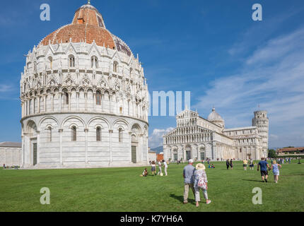 The world famous Piazza dei Miracoli in Pisa, Tuscany.  The construction of the cathedral was began in 1064. - Stock Photo