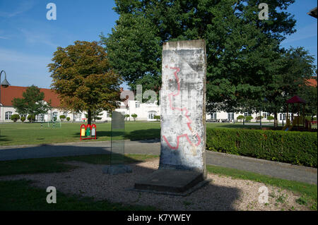 Part of Berlin Wall in Krzyzowa Palace in Krzyzowa, Poland. 24 August 2017 © Wojciech Strozyk / Alamy Stock Photo - Stock Photo