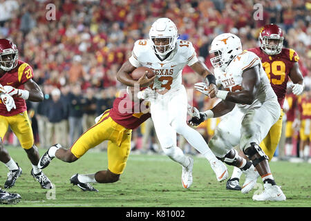 Los Angeles, CA, US, USA. 16th Sep, 2017. September 16, 2017: Texas Longhorns wide receiver Jerrod Heard (13) looks - Stock Photo