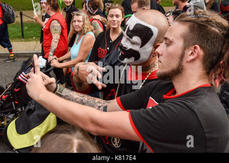 Washington, District of Columbia, USA. 16th Sep, 2017. A Juggalo marcher has a selfie with Shaggy 2 dope as the - Stock Photo