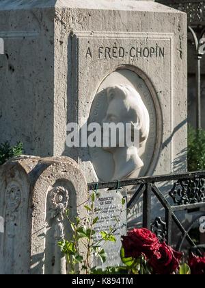 Grave of Polish composer Frédéric Chopin in Père Lachaise Cemetery, Paris, France. - Stock Photo