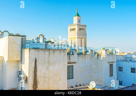 The dense buildings in Tunis Medina look great from the top, their roofs are perfect viewpoints, overlooking the - Stock Photo