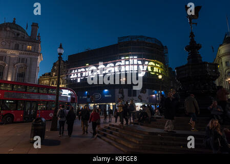 London, UK.  19 September 2017.  The new giant advertising screen in Piccadilly Circus shows the text #piccadillyon. - Stock Photo