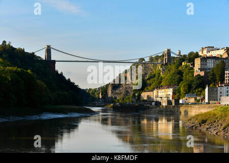 Bristol, UK. 19th Sep, 2017. UK Weather. The Clifton Suspension Bridge in Bristol viewed from the banks of the river - Stock Photo