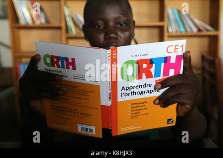 African school sponsored by french ngo : la chaine de l'espoir. the library. lome. togo.