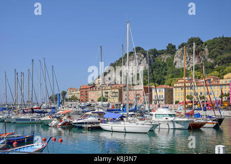 Fishing boats in Vieux Port (Old Port), Nice, Côte d'Azur, Alpes-Maritimes, Provence-Alpes-Côte d'Azur, France - Stock Photo