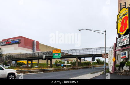 New Jersey, USA - 29 September, 2016: Road signage and traffic along Route 495 and 30th Street in North Bergen heading - Stock Photo