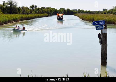 Waterway, Waterstreet, Sign, Carole, Lignano, Bursa, Bibione, Water, river - Stock Photo