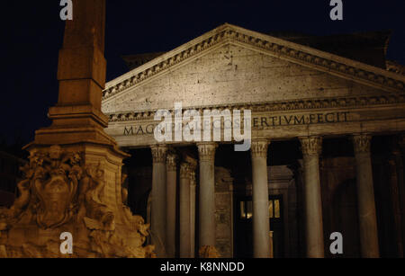 Italy. Rome. The Pantheon, roman temple. Built in 118-128 AD. Night view. - Stock Photo