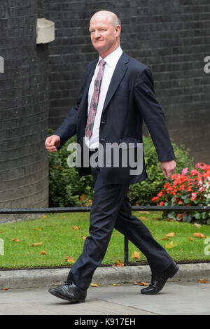 London, UK. 21st Sep, 2017. Minister of State for Universities and Science David Willetts arrives to attend a cabinet - Stock Photo