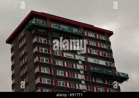 Belfast, UK. 21st Sep, 2017. Belfast, Falls, Road, 21st September 2017. The Northern Ireland Housing Executive (NIHE) - Stock Photo