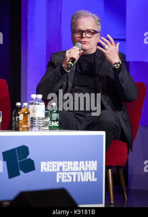 Hamburg, Germany. 21st Sep, 2017. Musician Herbert Groenemeyer speaking at the podium in the Schmidt Theater in - Stock Photo