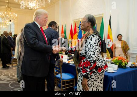 New York, New York, USA. 21st Sept, 2017. U.S. President Donald Trump meets with African leaders on the sidelines - Stock Photo