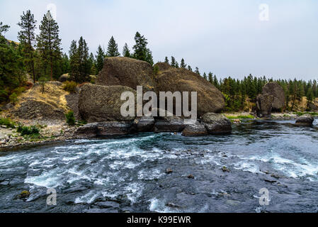 Beautiful rock formations on the Spokane River at the Bowl and Pitcher area of Riverside State Park. Nine Mile Falls - Stock Photo