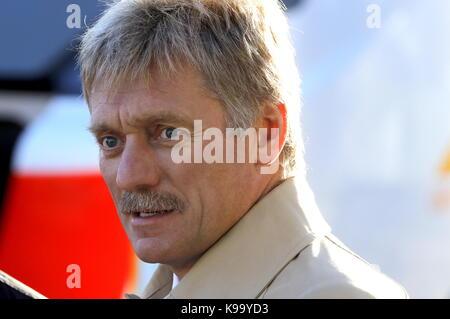 Ulyanovsk, Russia. 22nd Sep, 2017. Russian Presidential Spokesman Dmitry Peskov attends an exhibition on public - Stock Photo