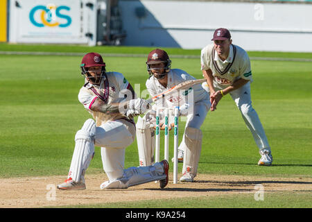 London,UK.22 September 2017. Peter Trego  batting for Somerset against Surrey on day four of the Specsavers County - Stock Photo
