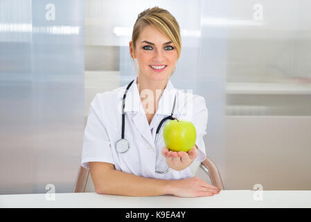 how to become a professional nutritionist