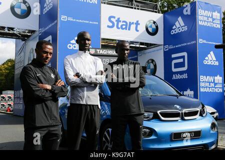 Berlin, Germany. 22nd Sep, 2017. Kenenisa Bekele from Ethiopia, Eliud Kipchoge from Kenya and Wilson Kipsang from - Stock Photo