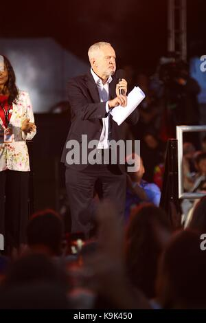 Brighton, UK. 23rd September, 2017. Jeremy Corbyn gives a speech and colleagues give speeches on the level in Brighton - Stock Photo