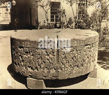 Piedra de Tizoc en el Museo Nacional 1900 - Stock Photo