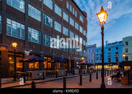 Evening in Brighton city centre, East Sussex, England. - Stock Photo