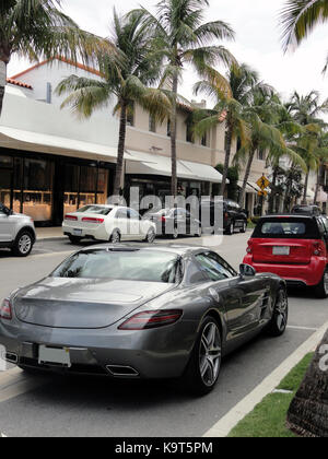 Luxurious cars - Worth Avenue of Palm Beach, Florida (USA) - Stock Photo