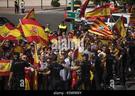 Zaragoza, Spain. 24th Sep, 2017. Protesters hold Spanish national flags as they gather at the Siglo XXI Pavilion - Stock Photo