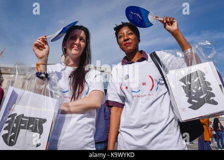 London, UK.  24 September 2017.  Volunteers at the 9th annual Japan Matsuri taking place in Trafalgar Square, bringing - Stock Photo