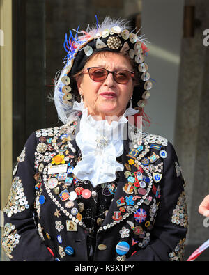 City of London, 24th Sept 2017. The annual Pearly Kings and Queens Harvest Festival at Guildhall Yard in the City - Stock Photo