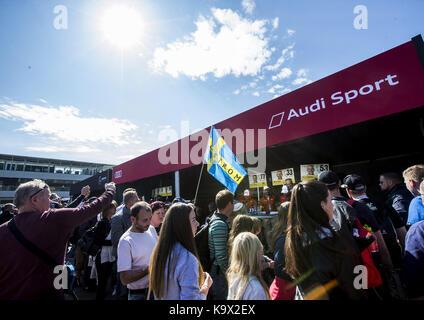 Motorsports: DTM 08 Spielberg 2017, Autogrammstunde - autograph session | Verwendung weltweit - Stock Photo