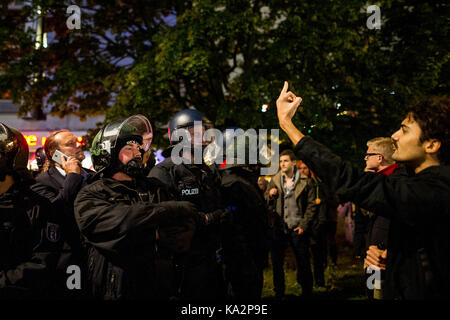 Berlin, Germany. 24th Sep, 2017. Several participants of the election party had to be escorted by policemen to a - Stock Photo