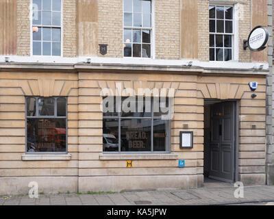 The window of the Pint Shop meat bread and beer restaurant Wheeler Street Cambridge UK - Stock Photo