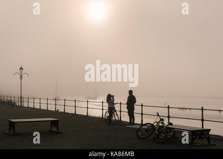Ayrshire, UK. 25th Sep, 2017. UK Weather. A sudden and unexpected sea mist rolled in from the Firth of Clyde and - Stock Photo