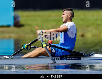 Sarasota-Bradenton, Florida, USA. 25th Sep, 2017. Salvatore Monfrecola of team Italy during (M1x) Men's Single Sculls - Repechage in the World Rowing Championships being held at Nathan Benderson Park in Sarasota-Bradenton, Florida. Del Mecum/CSM/Alamy Live News