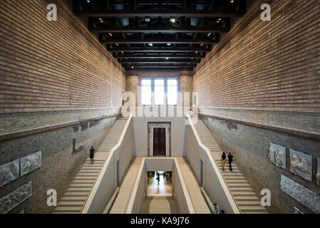 Berlin. Germany. The Neues Museum (New Museum), Museum Island, main staircase hall by David Chipperfield Architects - Stock Photo