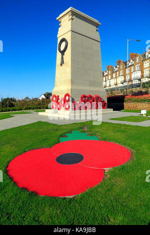 War Memorial, memorials, Remembrance Day, poppies, poppy, wreath, wreaths, Esplanade Gardens, Hunstanton, Norfolk, - Stock Photo