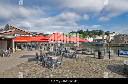 BRISTOL ENGLAND THE CITY CENTRE AND HARBOUR ON THE RIVER AVON AT HOTWELLS THE DOCKYARD RESTAURANT NEAR TO THE SS - Stock Photo