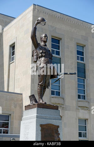 The First World War Memorial In Goderich Ontario Canada  Built In 1924 To Honour The Fallen Soldiers Of Goderich - Stock Photo