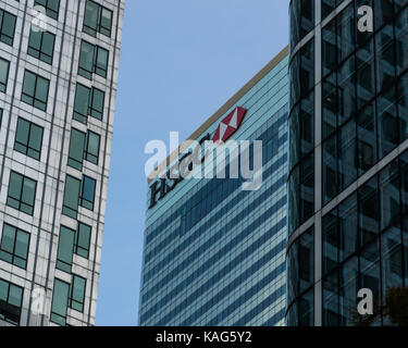 September 24, 2017, London UK. HSBC headquarters in Canary wharf. - Stock Photo
