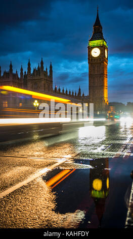 Traces of light, Taxi in the evening, Westminster Bridge, Palace of Westminster, Houses of Parliament, Big Ben with - Stock Photo