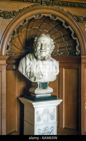 Sculpture of 'The Philospher' at Quex House, Kent, UK - Stock Photo