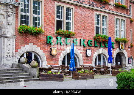 Berlin, Wittenau, Town hall, Reinickendorf Rathaus. Ratskeller restaurant and bar at historic old building - Stock Photo