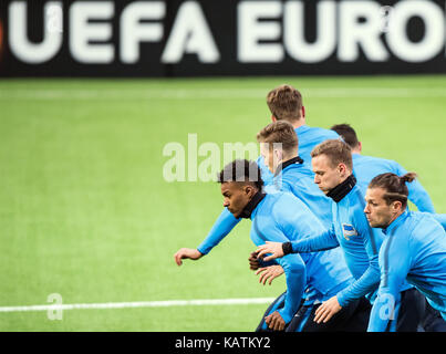 Hertha players running during a training session ahead of the Europa League football match between Oestersunds FK - Stock Photo