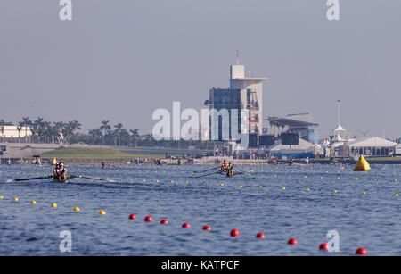 Sarasota-Bradenton, Florida, USA. 27th Sep, 2017. Teams warm up before the start of the World Rowing Championships being held at Nathan Benderson Park in Sarasota-Bradenton, Florida. Del Mecum/CSM/Alamy Live News
