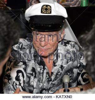 File: 27th Sep, 2017. Photo taken:  Los Angeles, USA. 11th Jun, 2005. Hugh Hefner attends the 27th Annual Playboy - Stock Photo