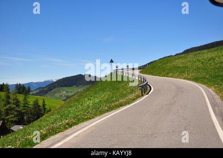 Italy, South Tirol, Villnösstal (Val di Funes), St. Magdalena, Ranui, mountain road, - Stock Photo