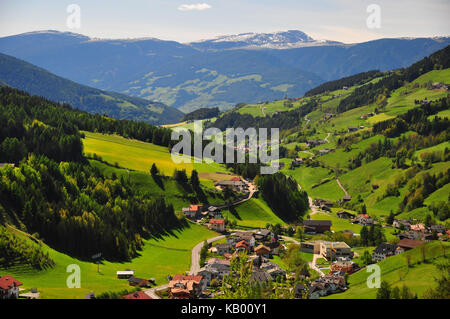 Italy, South Tirol, Villnössertal, mountain villages, - Stock Photo